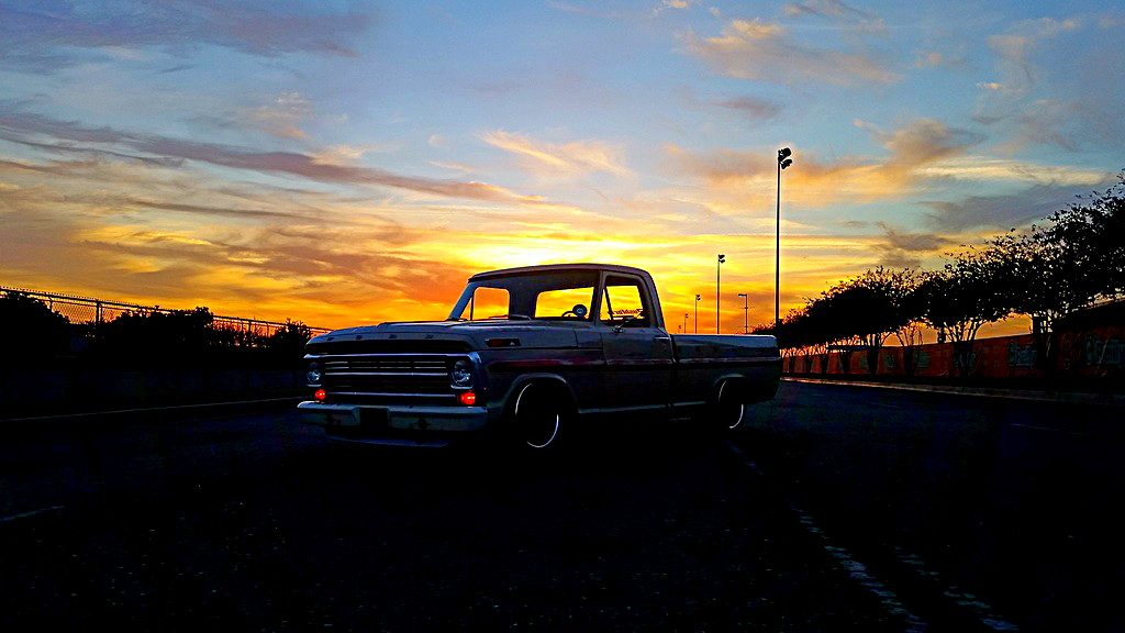 Sean Fogli F100 truck - Sunset
