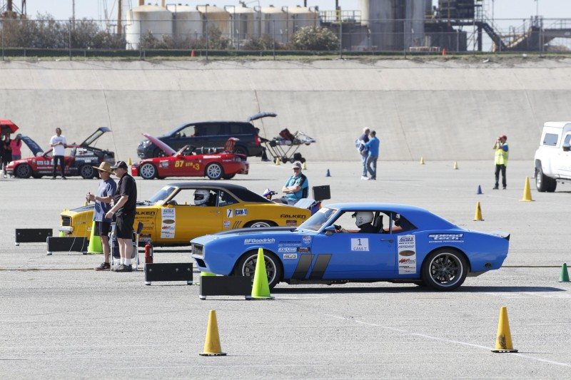 Efrain Diaz 1969 Camaro Michael Cuthbertson 1968 Camaro SCCA ProSolo Fontana CAM Autocross 2017 staged