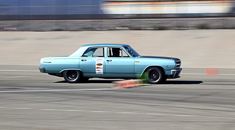 Dick Eytchisonn 1965 Chevelle NMCA Hotchkis Autocross October 2017