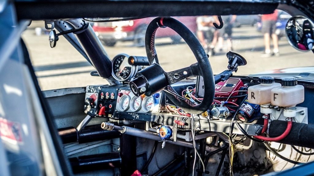 AutoXandTrack 67 Mustang interior dash as eye see things 4